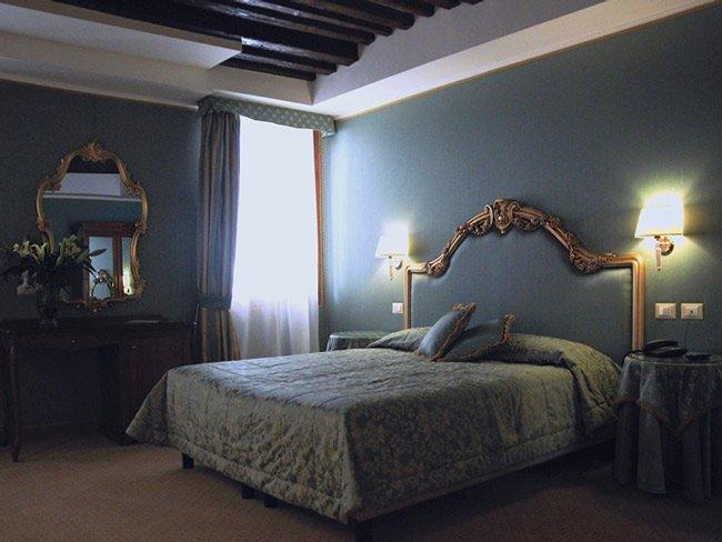 Camera Matrimoniale Hotel Corte Contarina 3 Stelle nel Centro di Venezia